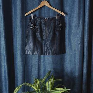 🌻MOVING SALE🌻 Topshop Moto Skirt